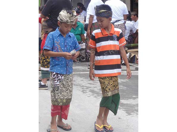 Local children in Ubud
