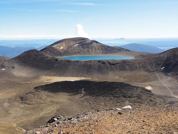 blue-lake-tongariro